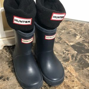 Hunter boots navy with black insert socks